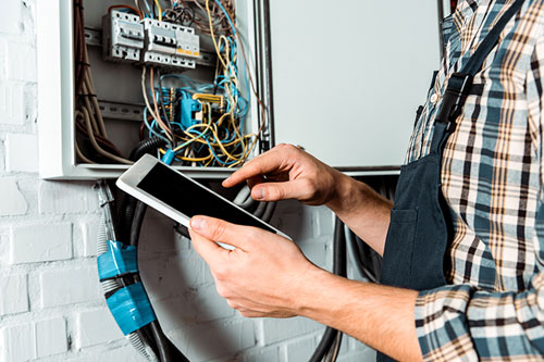 How to Sell a Oklahoma City Home with Electrical Problems